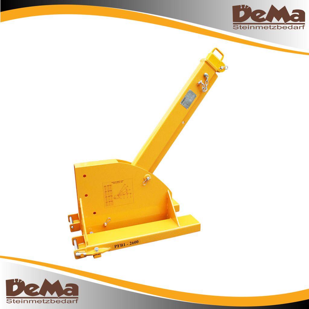 DeMa Gabelstapler - Teleskops Ausleger schwenkbar